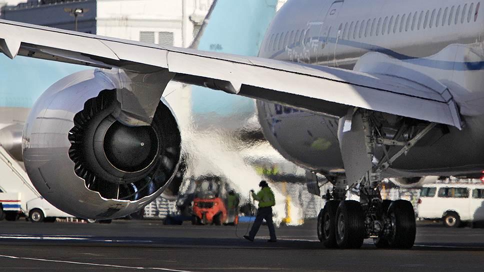 50 самолетов Boeing 787 не будут совершать полеты до завершения проверки