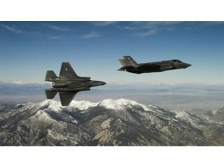 """""""Такого еще не было"""": зачем США перебрасывают ударную авиацию на Аляску геополитика"""