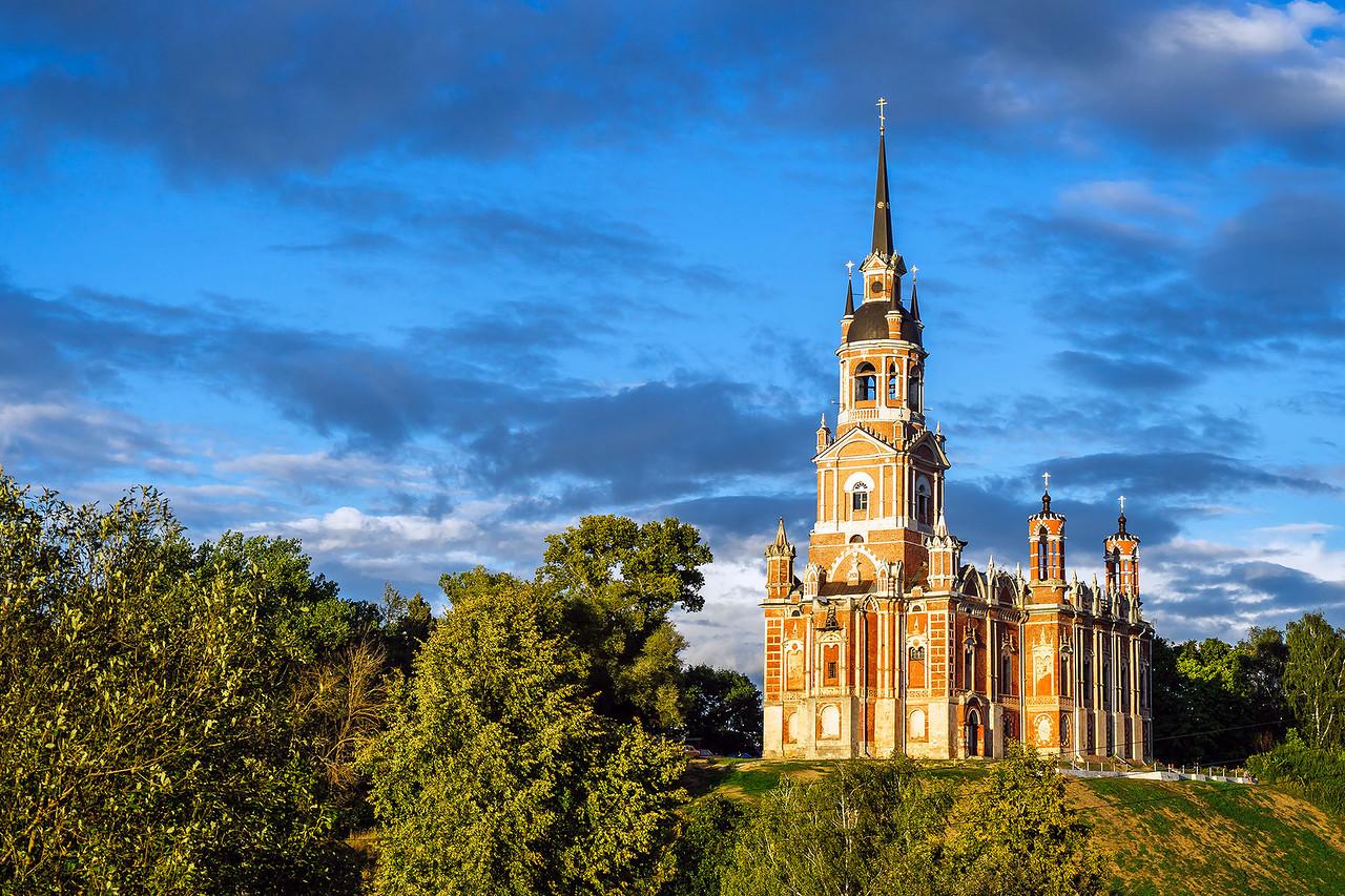 Никольский собор в Можайске, Московская область.