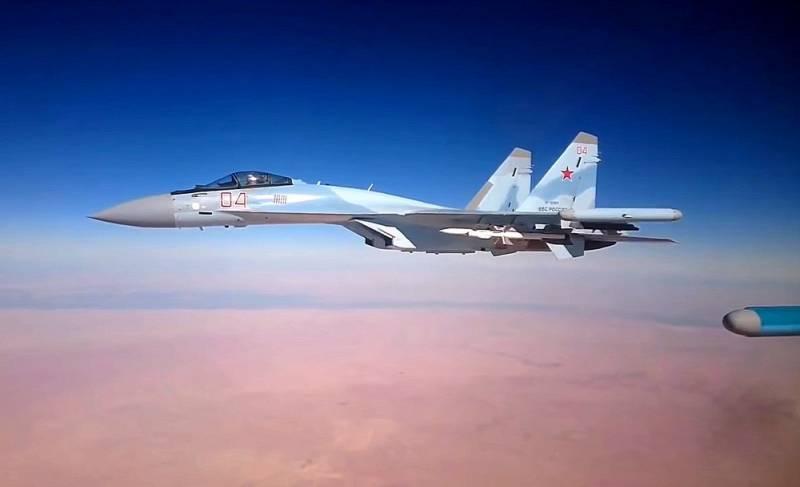 Российские Су-35 смогут достойно побороться с турецкими ВВС за небо Ливии Политика