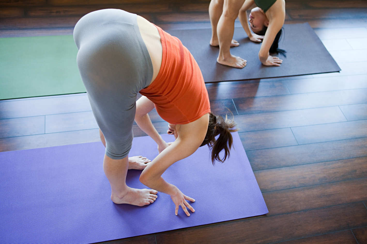 young-naturist-yoga-booty-rear-positions-amateur-deep