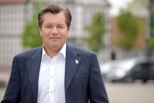 «Вы опять останетесь без России, Запада и территорий»: немецкий политик предостерег Польшу от сделок с Британией