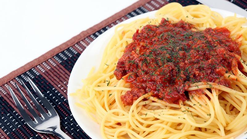Пять рецептов подливы к макаронам