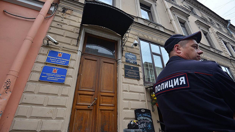 Стрелков из пневматики на Ярослава Гашека задержала полиция Происшествия