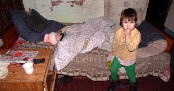 У нас в подъезде живет женщина. У неё пять детей и шестым беременна. Как-то встретила я соседку, которая живёт с ней через стенку