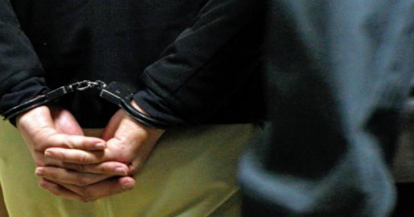 Замглавы Дагестана задержан за превышение полномочий