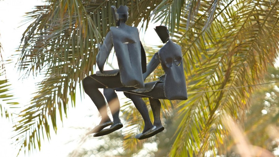 Скульптуры, которые бросают вызов гравитации
