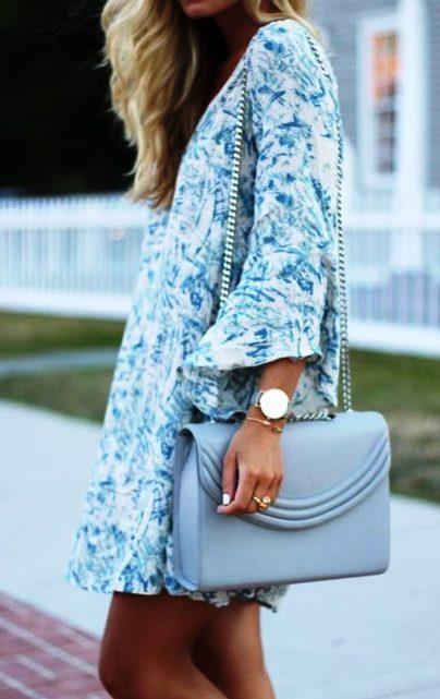 Всегда актуально — очаровательные летние платья с цветочным принтом