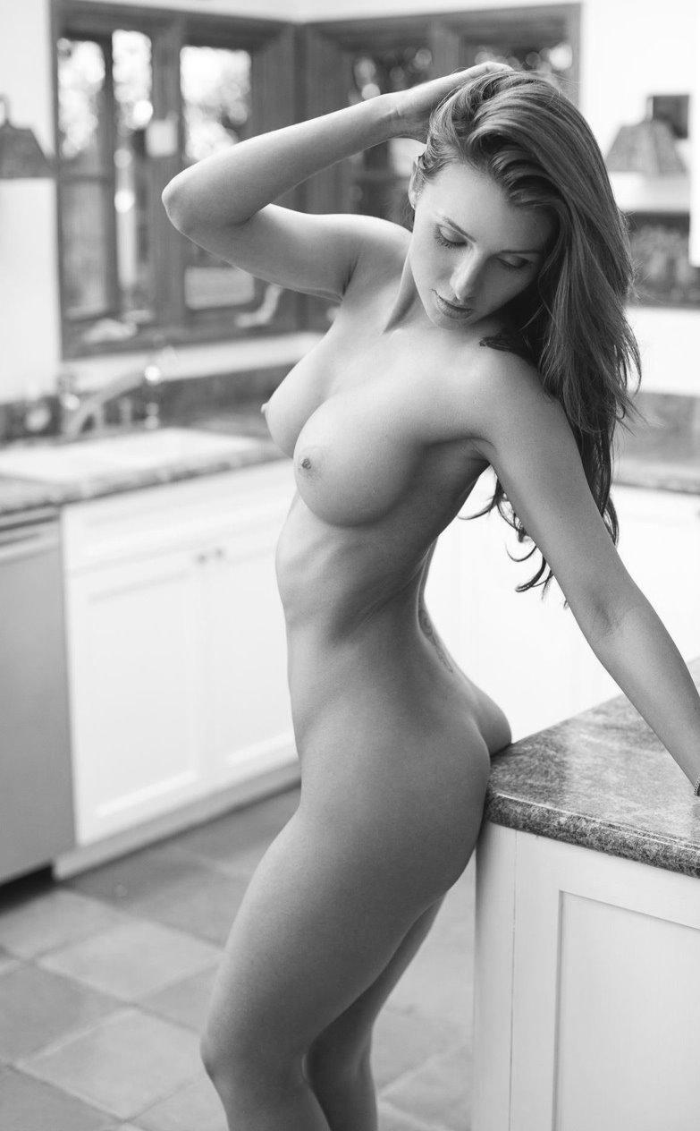 Pics of beautiful nude women
