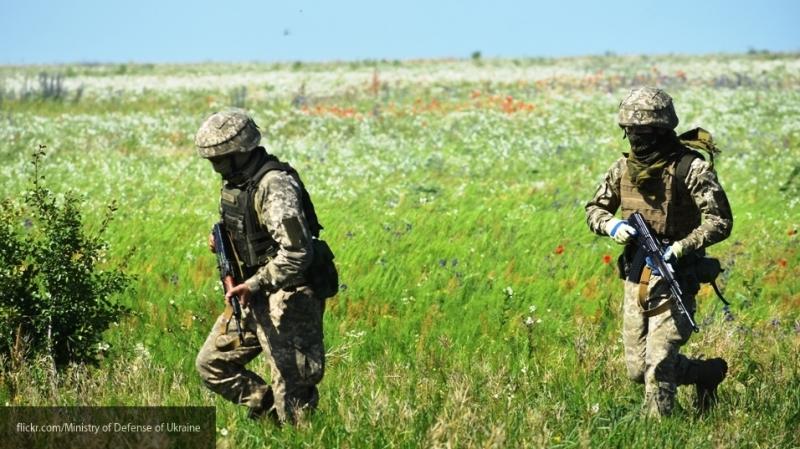 Глава Минобороны Украины допустил отмену обязательного воинского призыва