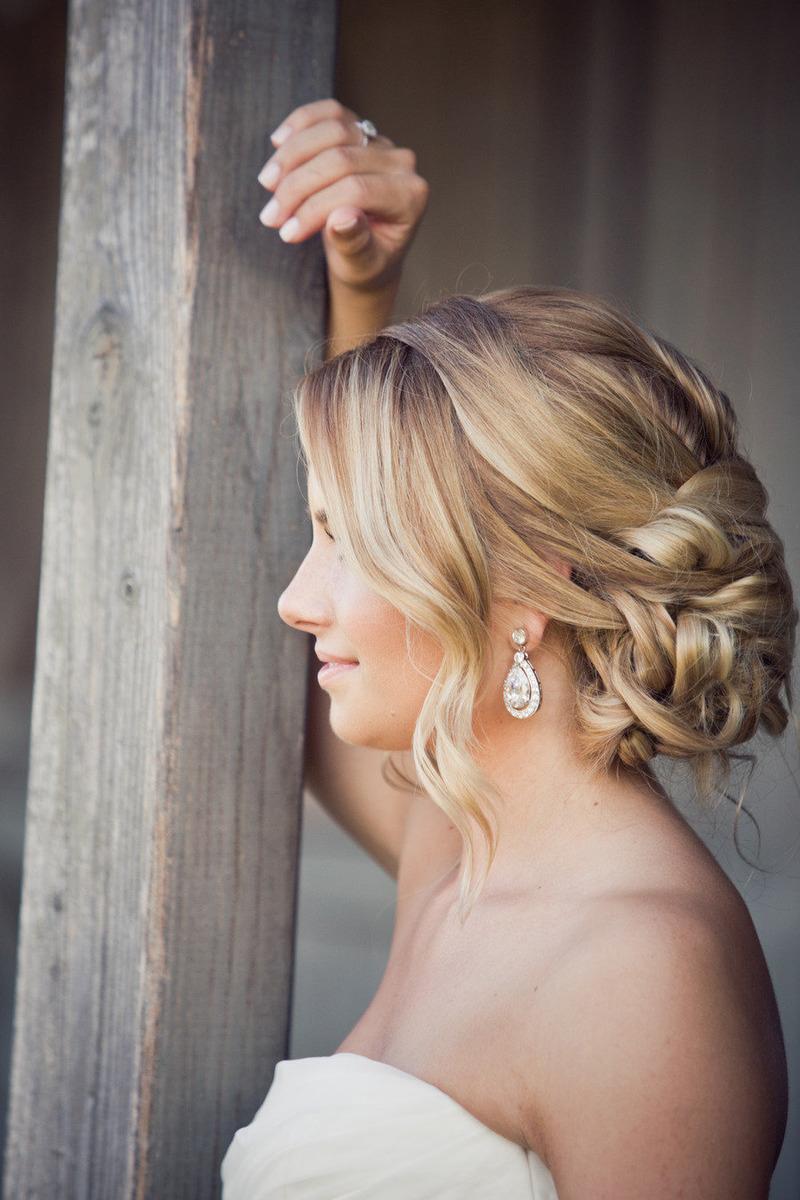 Тонировать, осветлить и придать мягкость: 8 лучших рецептов для красоты волос