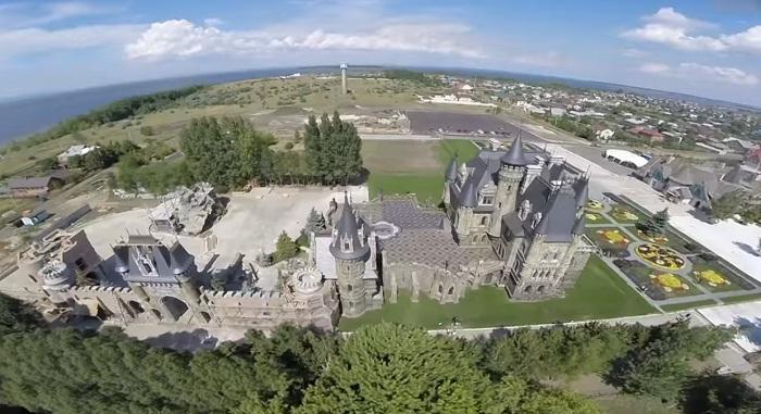 Замок тольятти