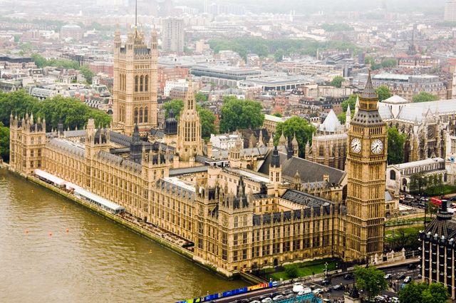 Почему в Великобритании распустили парламент?
