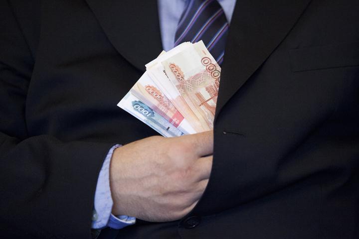 Короткие истории читателей:  взятки в России и за рубежом ( познавательно)