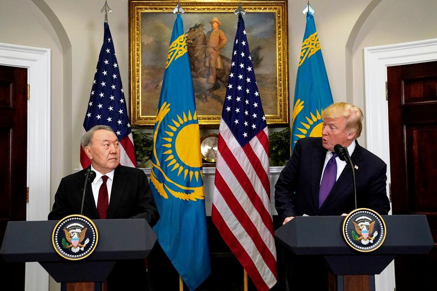 """""""Ушли на ноль"""". Назарбаев заступился за Россию перед Трампом"""