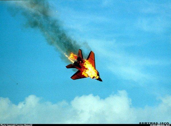 Сирия: почему не сбивают самолеты США?