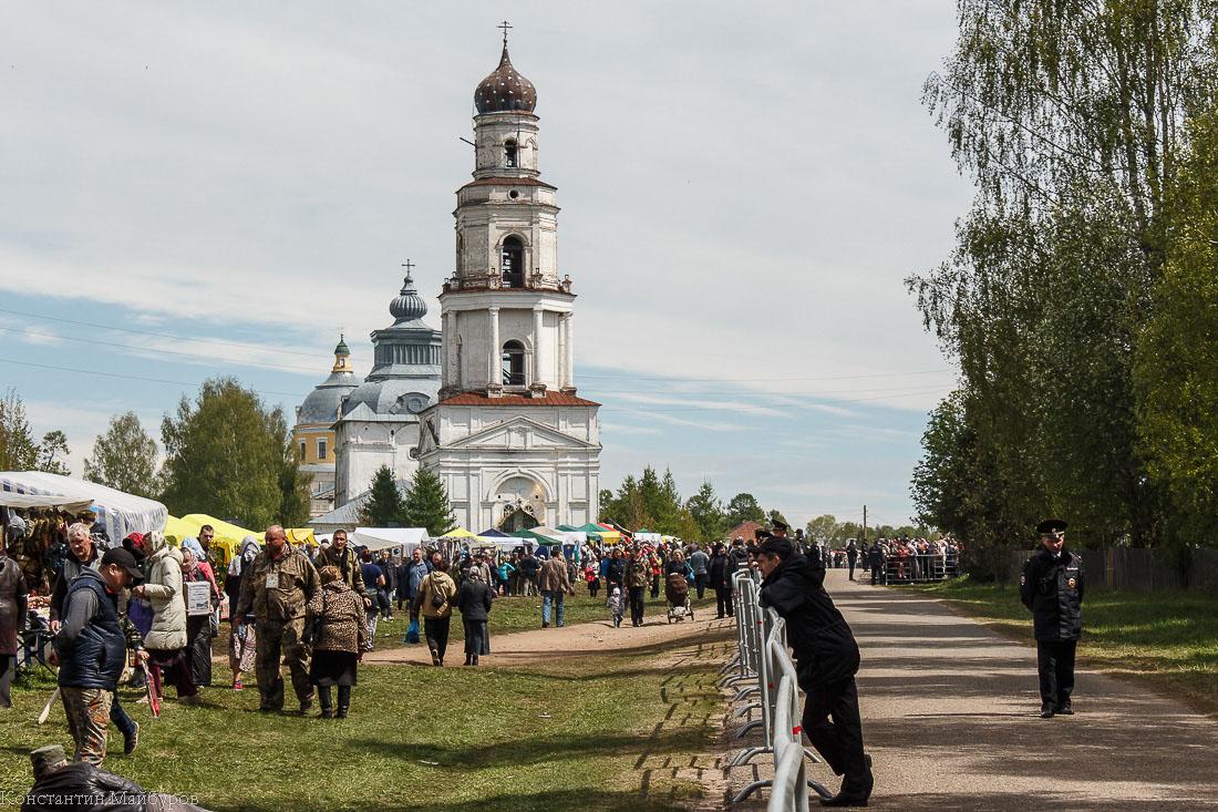 Как патриарх Кирилл на православном празднике погулял