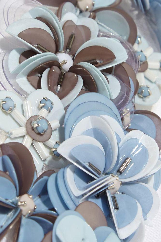 Интересный прием фактурной вышивки пайетками haute couture