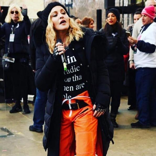 «Мадонна — фашист»: советник Трампа призывает арестовать певицу