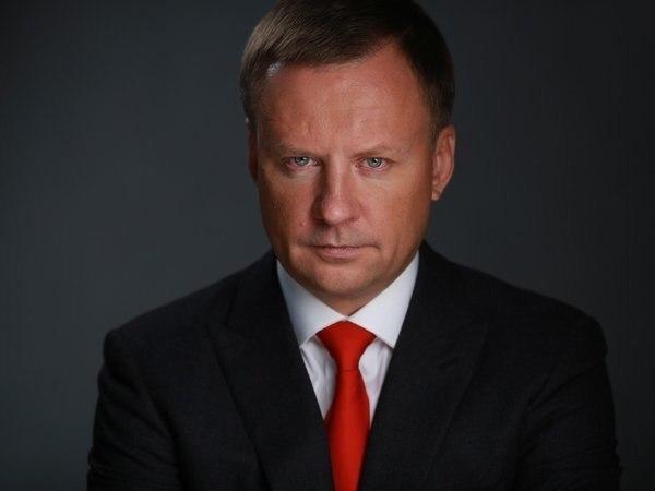 Депутата Госдумы от КПРФ требуют лишить учёной степени