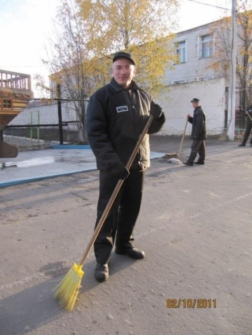 О том, как тяжело петухам на зоне: Ходорковский поведал свою автобиографию