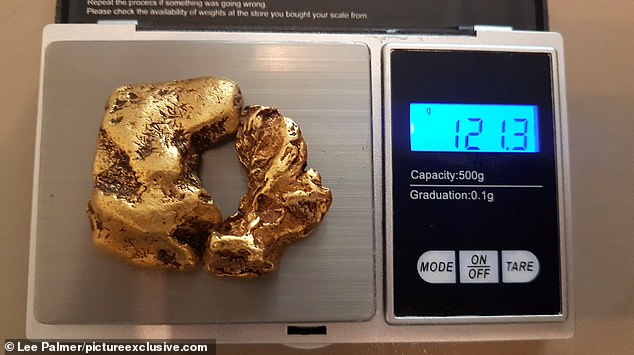 Сверхвезучий шотландец нашел в реке огромный самородок : в этой стране отродясь не было золотых приисков