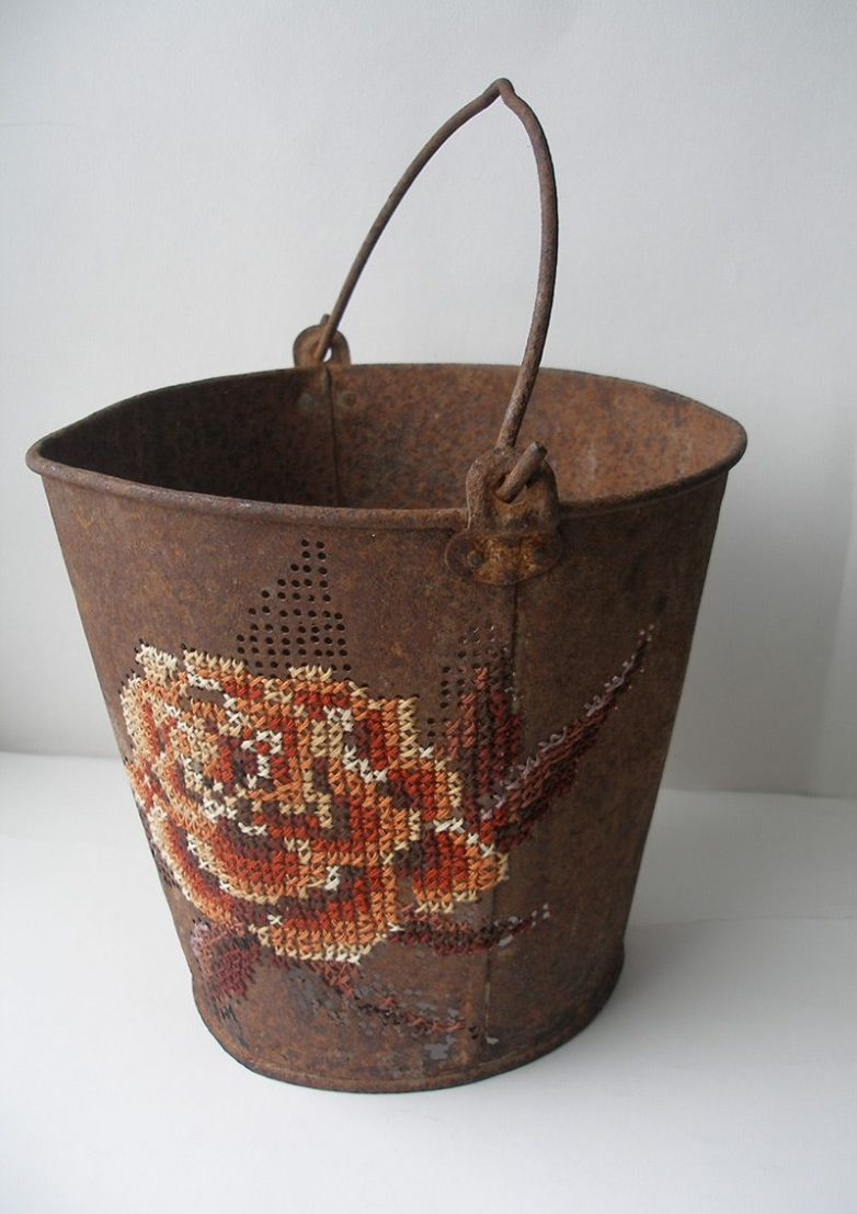 Идеи вышивки на металле