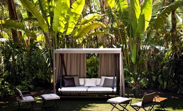 18 современных садовых качелей для сада и террасы