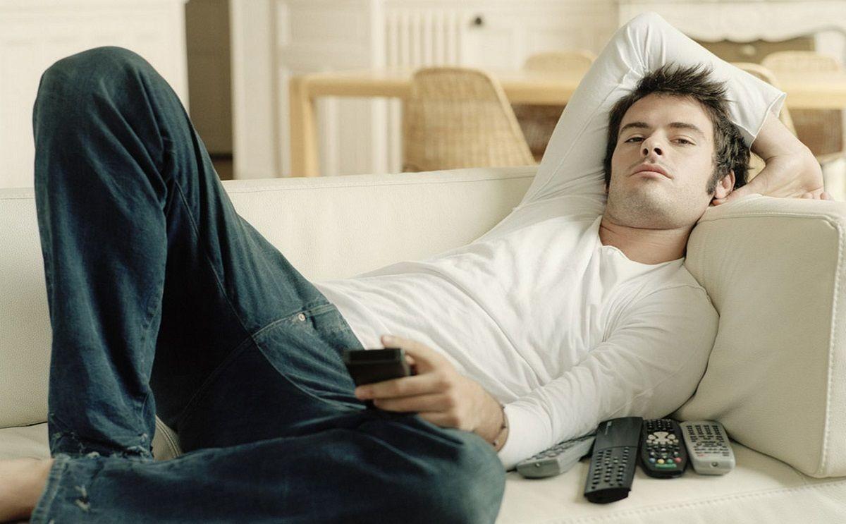 Российская мебельная компания открыла вакансию испытателя дивана