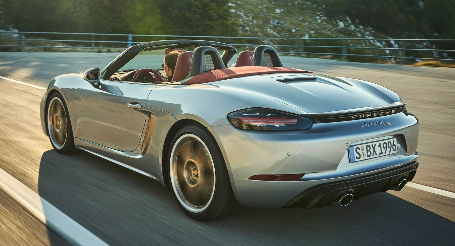 Porsche работает над концептуальным электрокаром Porsche Boxster EV Автомобили