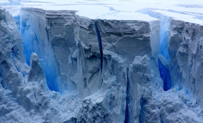 Под Антарктидой разглядели остатки древних континентов, которые потом скрыл лед