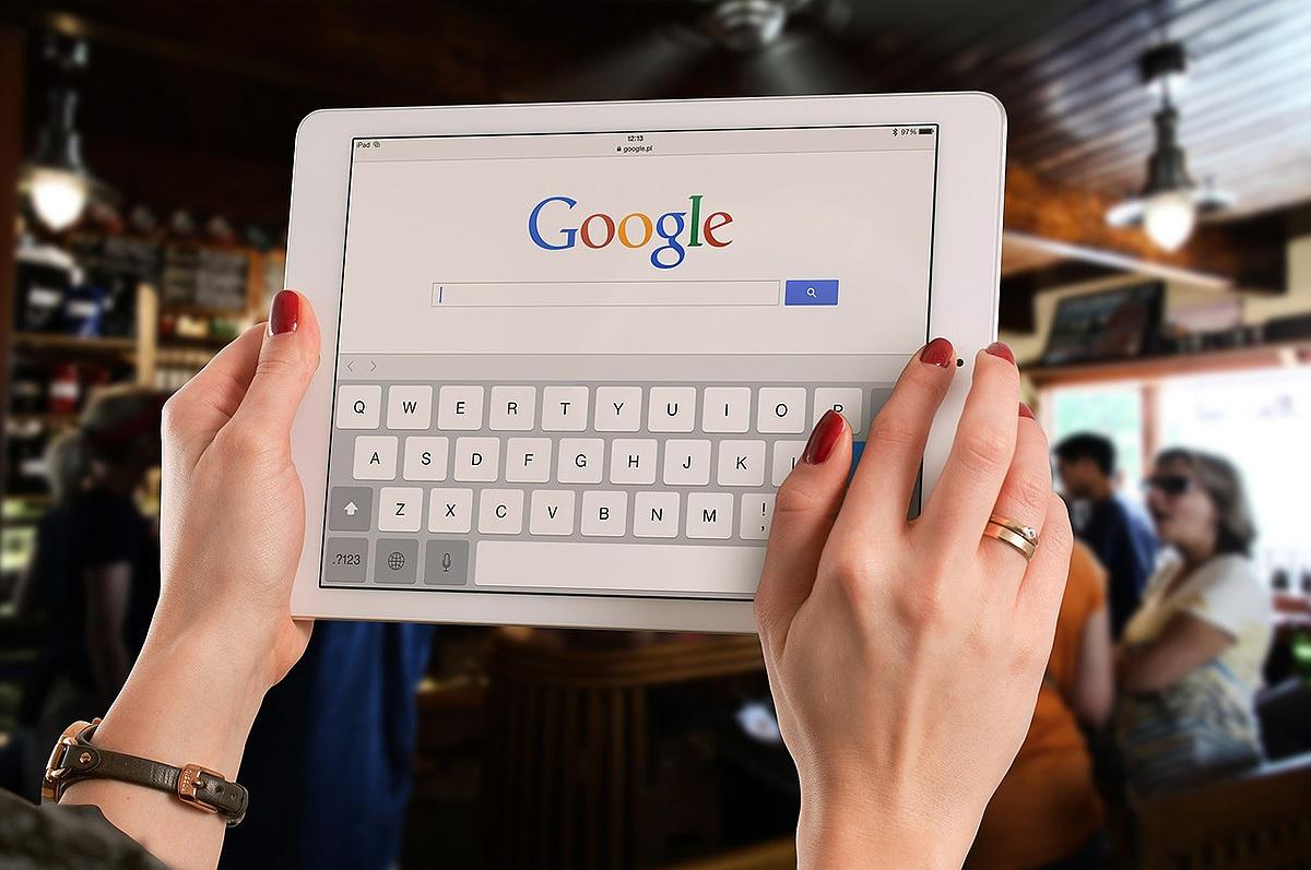 Россиянам предложили искать работу с помощью Google google
