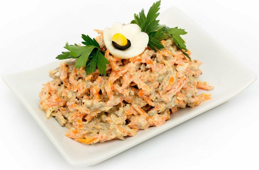 Простой и вкусный салат из печени с морковью