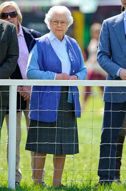 Королева знает: 5 трендов сезона, которые Елизавета II считала модными уже давно Звездотренды