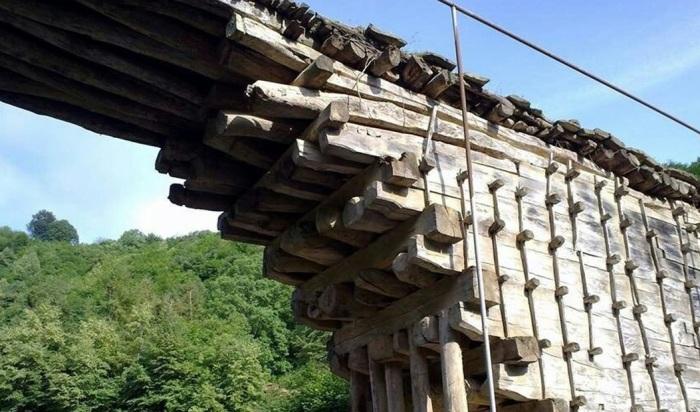Секрет 200-летнего моста в Дагестане, построенного без единого гвоздя