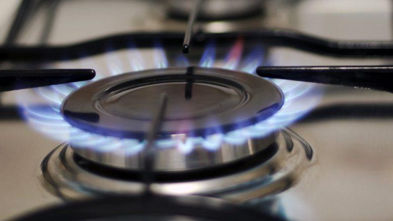 Кто виноват в том, что украинцы платят за российский газ рекордную цену