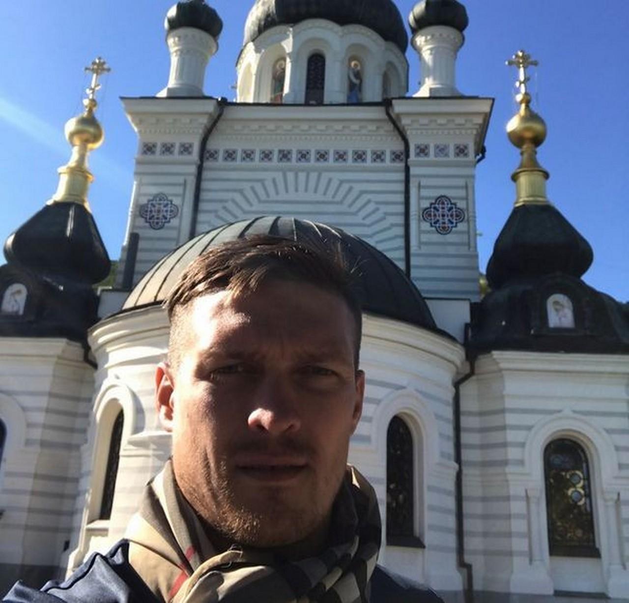 Чемпион мира по боксу Усик свидомитам: «Крым это Крым. А вы терпилы и скот рогатый…»