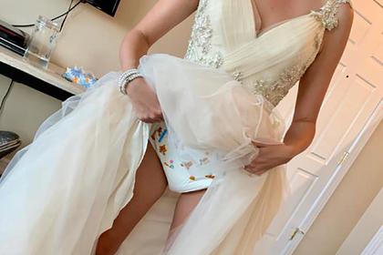 Невеста показала подгузники подсвадебным платьем исмутила пользователей сети девушки,женщины,Женщина,загадочность,фотографии