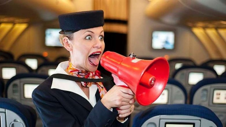 4 вещи, которые не стоит делать в самолёте