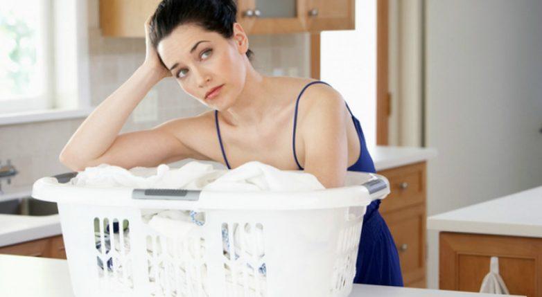 Почему нельзя стирать одежду вместе с кухонными полотенцами?
