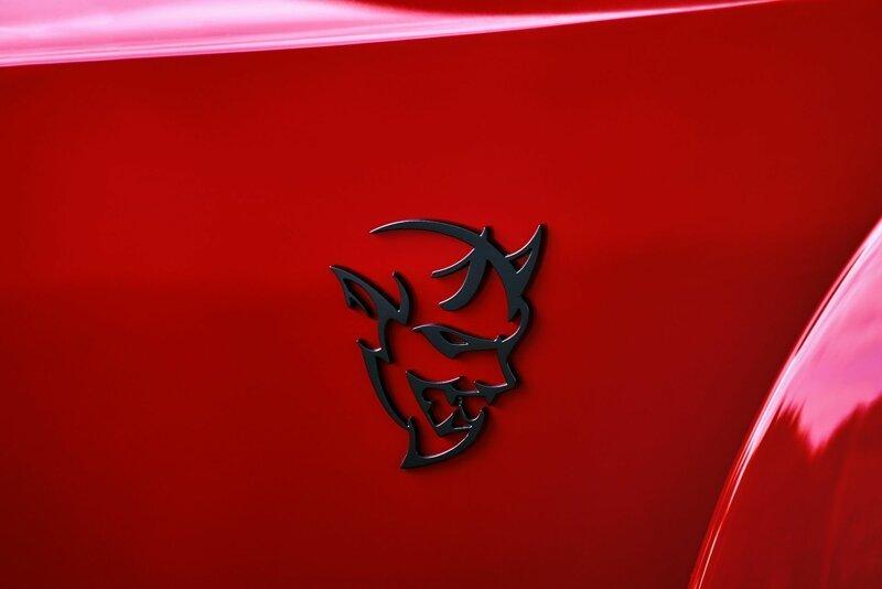 Битва добра и зла: Demon vs. Exorcist или Dodge vs. Hennessey автомобили
