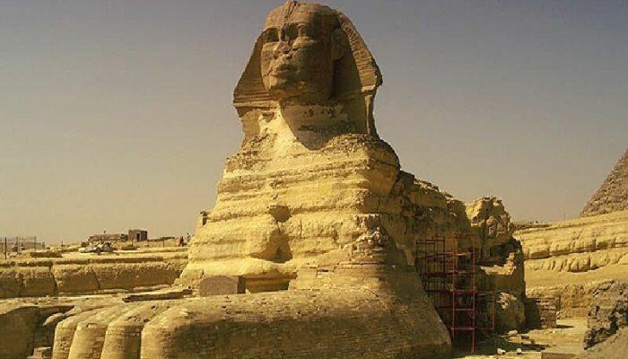 Великий Сфинкс – самое посещаемое туристами место в Египте.