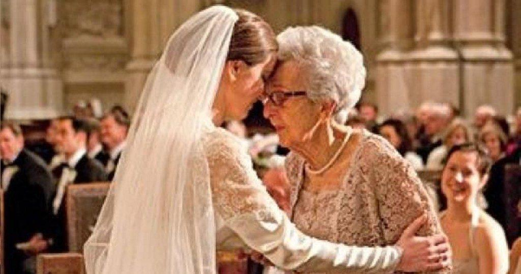 Она рассказала бабушке, что ей изменили, и вот что бабушка на это ответила
