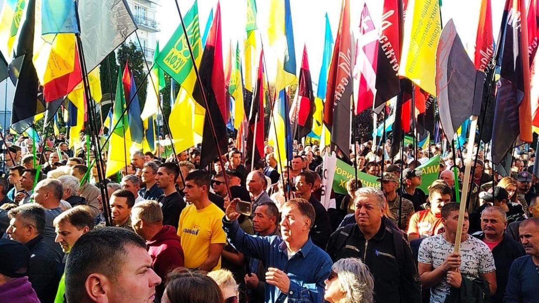Экс-депутат Рады Журавко предсказал Украине бунты зимой Политика