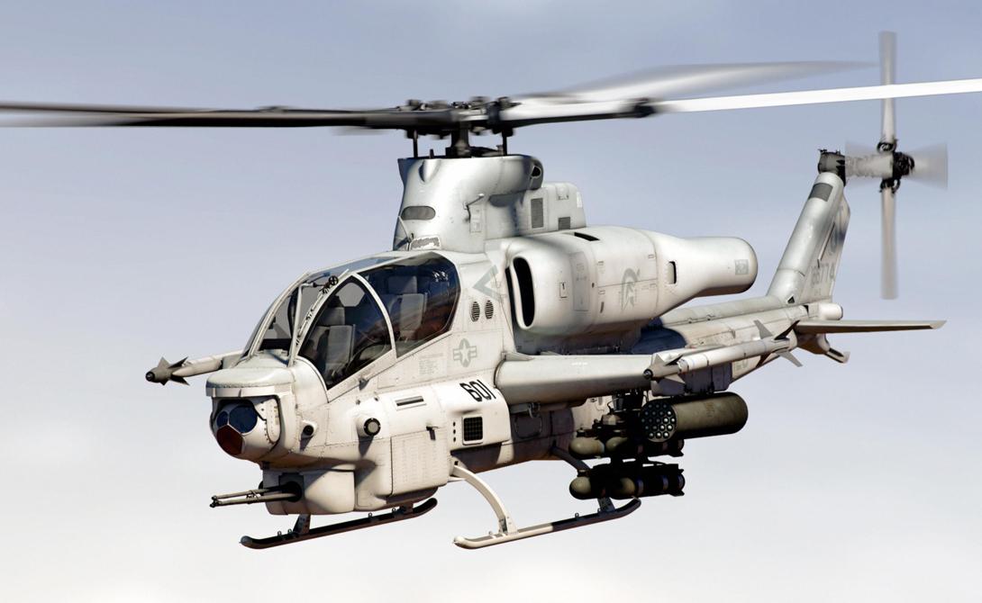 Вайпер США Bell AH-1Z Viper представляет собой современную версию AH-1 Cobra. Это единственный ударный вертолет с полностью интегрированным воздушно-ракетным потенциалом. 6 точек подвески, 16 управляемых ракет «воздух-земля» и 8 неуправляемых ракет AIM-9.