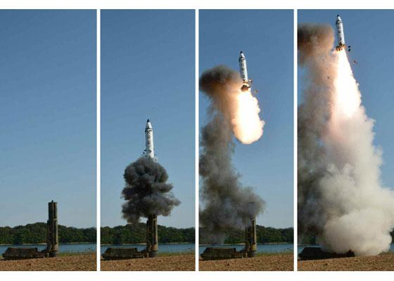 """Финальное испытание перед боевым развертыванием северокорейской БРСД """"Пуккыксон-2"""""""