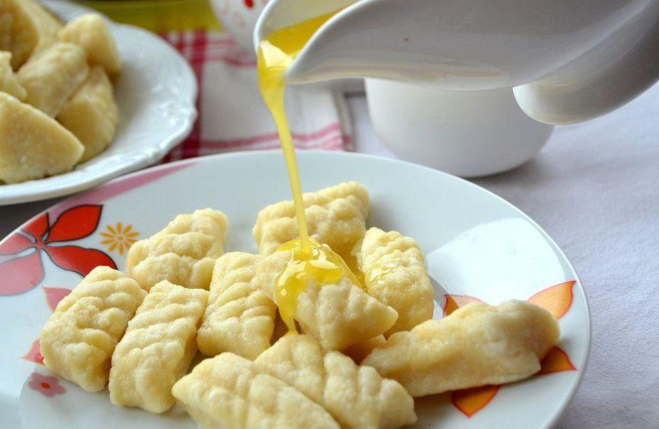 Рецепты по четвергам. Клёцки, ньокки, галушки, вареники. Ленивые вареники (вып. 7)