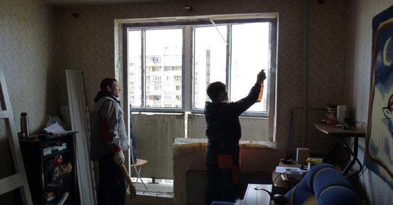 Шкафы вокруг окна: 10 идей д…