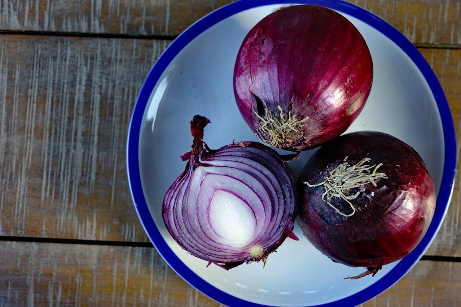 Лук 'Ред Барон': описание сорта, характеристики, особенности выращивания дача,сад и огород,урожай
