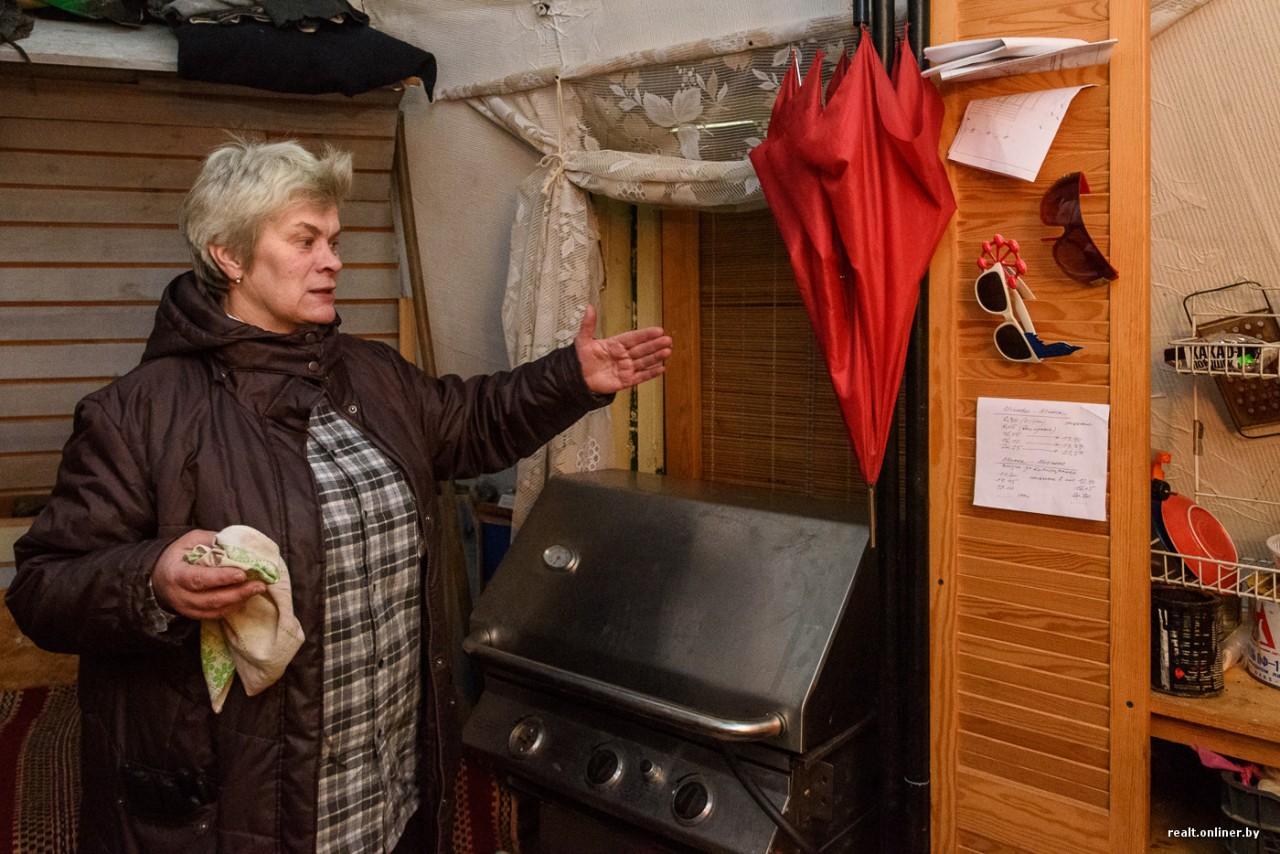 «Дом-шалаш» за $2000. Архитектор нашла выход из кризисной ситуации и построила необычное сооружение под Минском